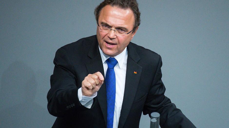 Der CSU-Politiker Hans-Peter Friedrich war Bundesinnenminister und Bundeslandwirtschaftsminister. Seit Oktober 2017 ist er Vizepräsident des Deutschen Bundestags.