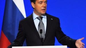 Medwedjew nimmt Einladung zum Nato-Russland-Rat an