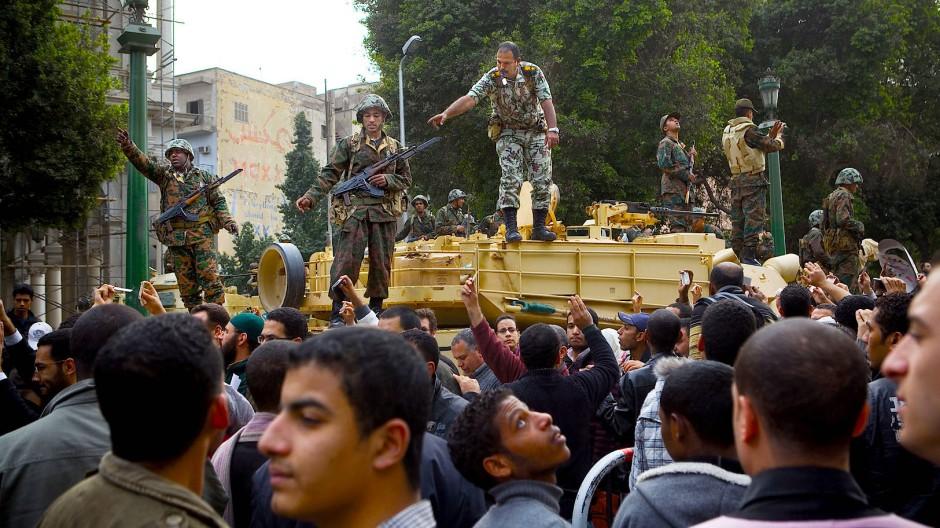 Daran ändert sich nichts: In Ägypten hat immer das Militär das Sagen. Der Tahrir-Platz während der Massenproteste am 1. Februar 2011.