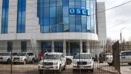 Abzug der russischen Truppen: Ist der Schutz der OSZE-Beobachter in der Ostukraine in Gefahr?