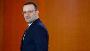Krankenkassen rufen Merkel und Nahles zu Hilfe