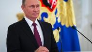 Die Partei ist ein Instrument von Putin