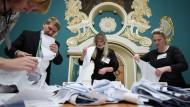 Betrug in großem Stil: Wie Russlands Machtpartei sich den Wahlsieg sicherte