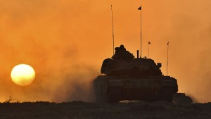 Autofahrer spüren Irak-Konflikt an der Tankstelle