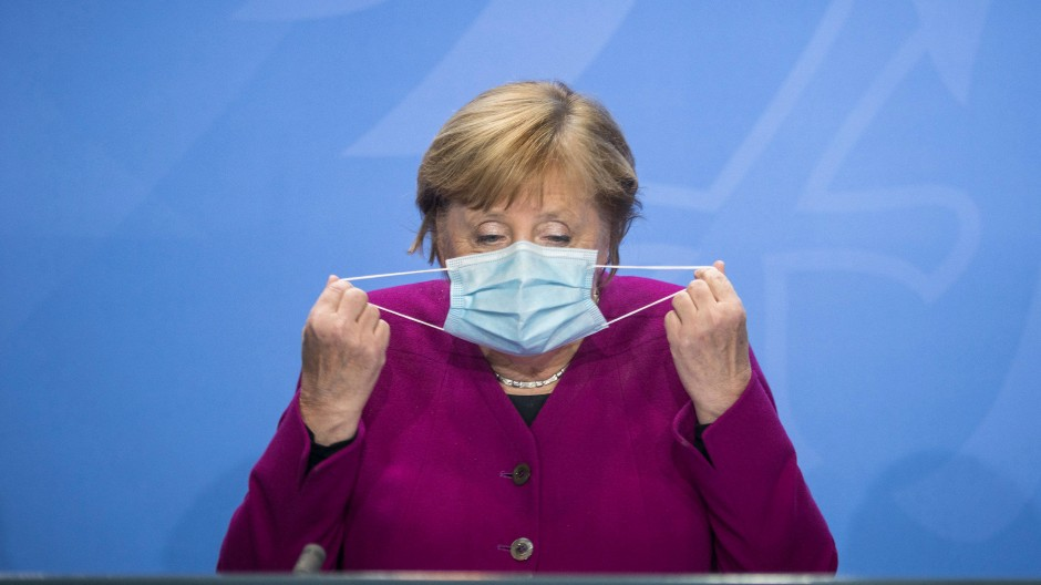 Kanzlerin Merkel bei der Pressekonferenz nach dem Bund-Länder-Treffen
