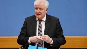 Seehofer will mehr deutsch-polnische Zusammenarbeit