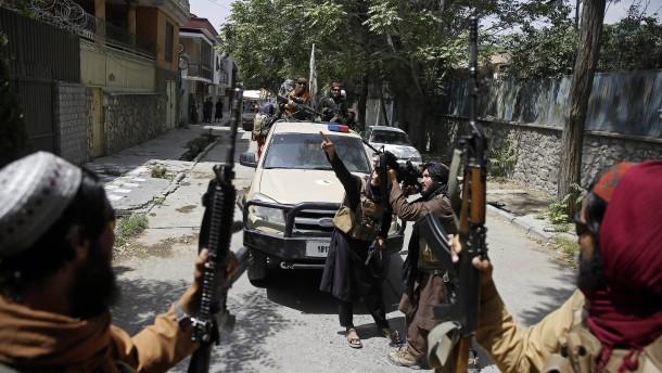 Mindestens 16 Tote nach Gefechten zwischen Taliban und Bewaffneten