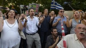 """Rajoy warnt vor """"Podemos-Syriza"""""""