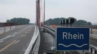 Nichts geht mehr: Vollsperrung der A1-Rheinbrücke bei Leverkusen wegen massiver Schäden