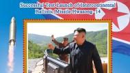 Auf Briefmarken allgegenwärtig: Kim Jong-un jubelt über seine Interkontinentalraketen.