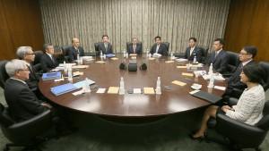 Abe bringt Bank von Japan komplett auf Kurs