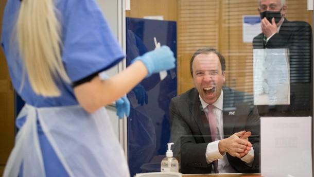 Die Briten impfen wie im Film