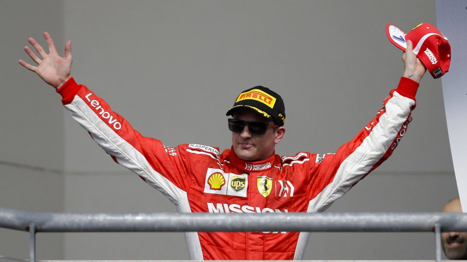 Kultpilot Kimi Räikkönen feiert seinen Sieg beim Großen Preis der USA 2018.