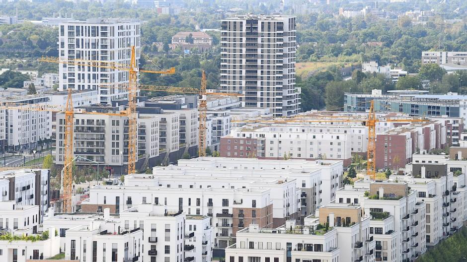 Hohe Mietpreise: Wer in Frankfurt leben möchte, muss nicht selten tief in die Tasche greifen.