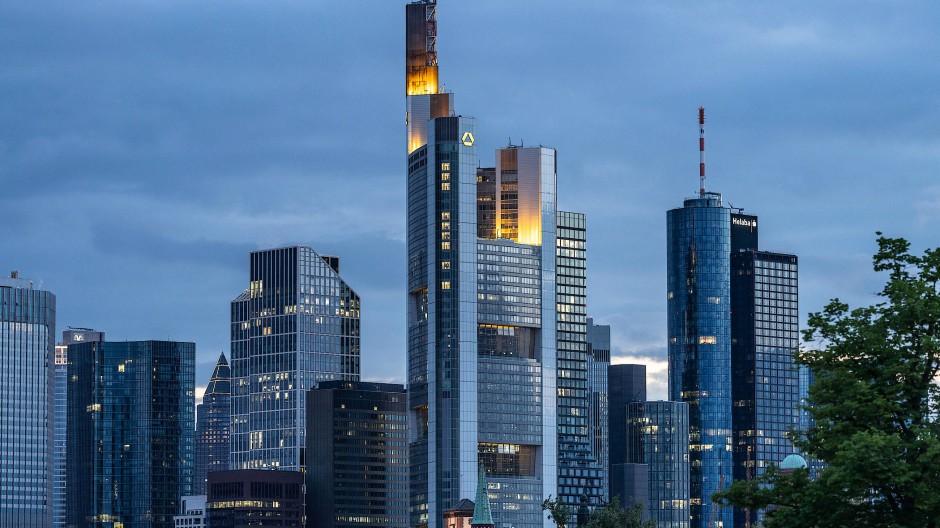 Banken in Frankfurt: Die Finanzmärkte reagieren gelassen auf die Bundestagswahl.