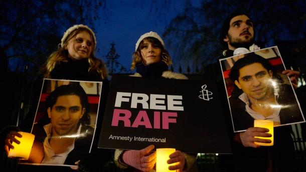 Verurteilter saudischer Blogger soll in Hungerstreik getreten sein