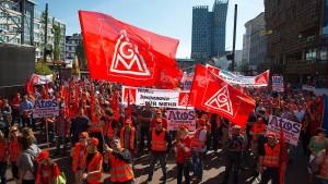 Gewerkschaftsbund will mehr Tarifbindung erzwingen