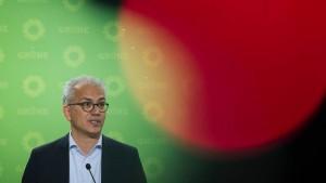 Al-Wazir verurteilt Waffenlieferungen an Saudi-Arabien