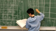 Forderungen nach mehr Finanzbildung in der Schule werden laut.