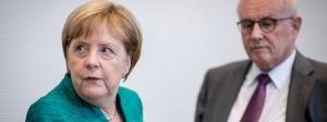 Angela Merkel mit ihrem Wunschfraktionsvorsitzenden Volker Kauder. Künftig hat sie es mit Ralph Brinkhaus auf diesem Posten zu tun.