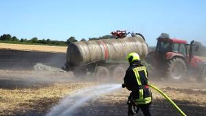 Großbrand auf Feld in Südhessen