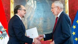 Schallenberg als Bundeskanzler vereidigt