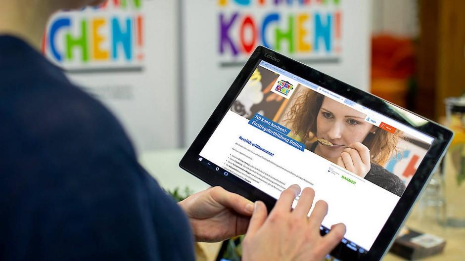 Weiterbildungen finden mittlerweile häufig online statt.