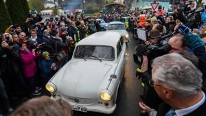 Trabi-Parade zu 30 Jahre Mauerfall