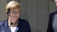 Merkel wirbt weiter für Juncker