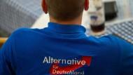 Alle Scheu, dem anderen völlig unzensiert die Meinung ins Gesicht zu schreien, wurde in der bayrischen AfD fallengelassen.