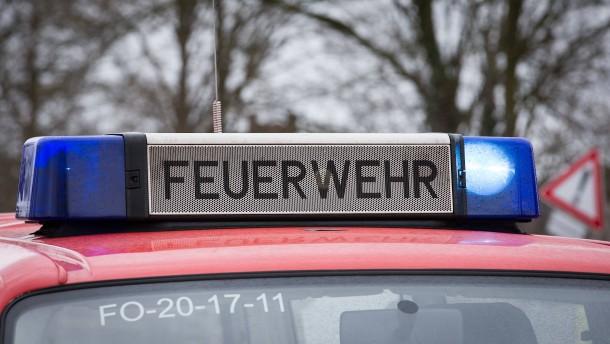 Feuerwehrmänner gestehen Brandstiftung in Hochhaus