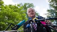 Seehofer verspricht wuchtige Steuersenkungen