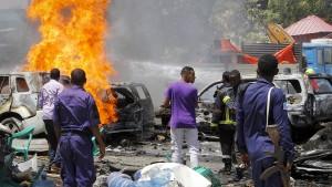 Gefechte und mehrere Tote bei Anschlag in Somalia
