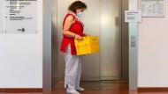 Gericht: Forsa darf Ergebnisse von Briefwähler-Befragung nutzen