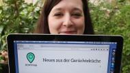 Die Bloggerin Karolin Schwarz geht gegen Fake News vor.