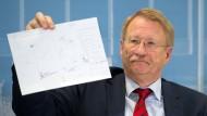 Wolfgang Drexler, Vorsitzender des NSU-Ausschusses im baden-württembergischen Landtag, geht davon aus, dass der Tod des 31 Jahre Mannes Selbstmord gewesen ist.