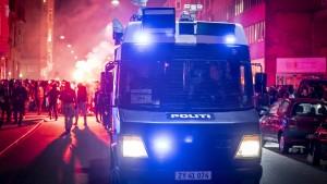 Festnahmen bei Corona-Protesten