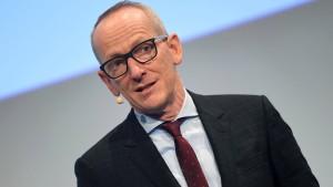 Neumann: Deutsche Autoindustrie schlecht für Wandel aufgestellt