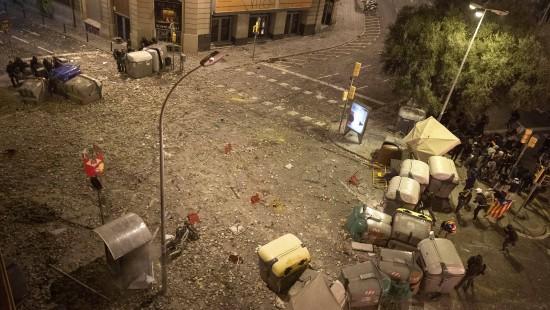 Heftige Gewalt nach Massendemo in Barcelona