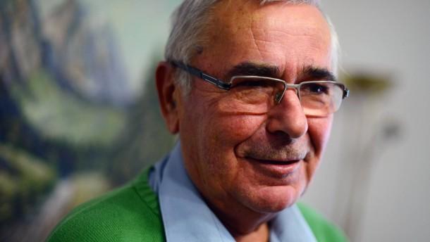 25 Jahre Mauerfall: Der Mann, der die Mauer öffnete - Politik - FAZ