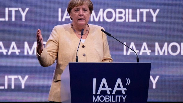Merkel eröffnet diesjährige IAA