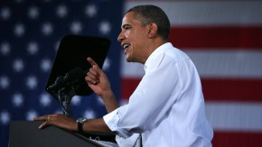 Obama Wraps Up College Campaign Tour In Virginia
