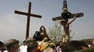 """Osterprozession in Kalabrien: Die """"Inchino"""", die Verneigung der Madonna vor dem Mafia-Boss, gehört nicht mehr zum guten Ton in San Michele die Ganzaria."""