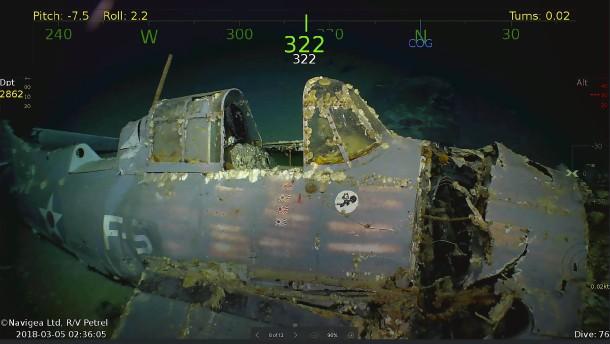 Wrack eines amerikanischen Flugzeugträgers entdeckt