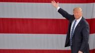 Immer mehr Frauen werfen Trump Belästigung vor