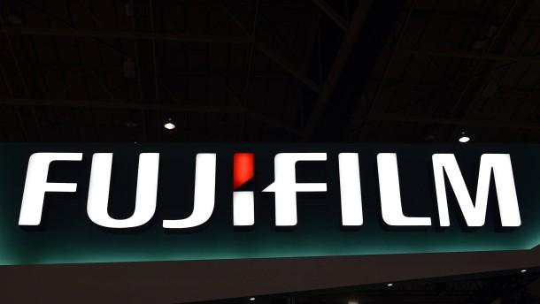 Bei Fujifilm gibt's weiter was zu lächeln