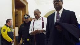 Bill Cosby muss sofort hinter Gitter