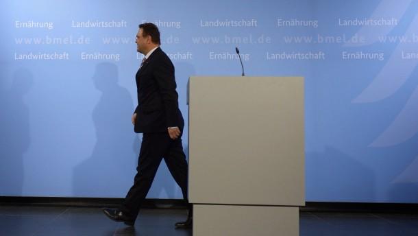 Friedrich tritt zurück