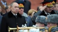Von den Entwicklungen in der Ukraine überrascht: Russlands Präsident Wladimir Putin will den Einfluss auf den Bruderstaat nicht verlieren