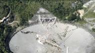 Das einst weltgrößte Radioteleskop in Puerto Rico ist in sich zusammengefallen.